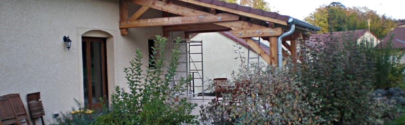Auvent bois construction auvent structure bois martin - Construire auvent bois ...