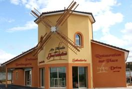 Entreprise construction charpente bois dans l'Est de la France : ailes de moulin dans la Meuse - Martin charpentes