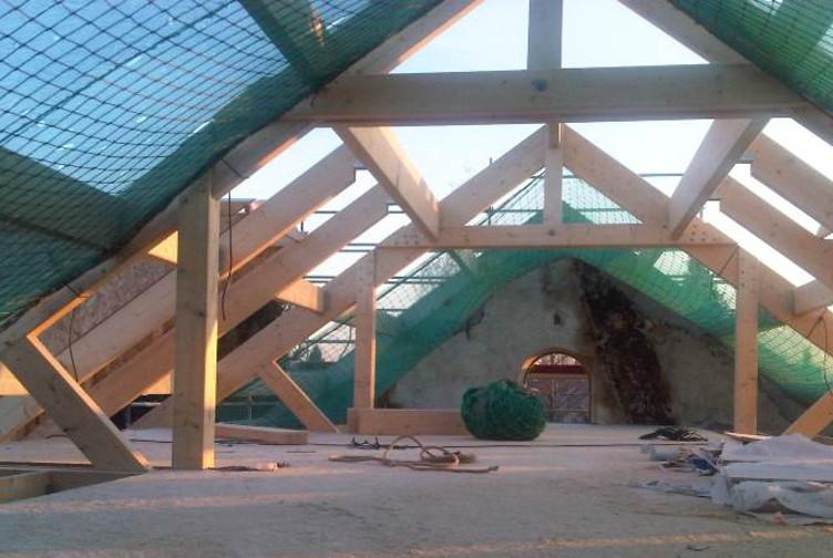 Entreprise de construction de charpentes bois en Lorraine : rénovation d'une mairie en Ile de France – Martin charpentes