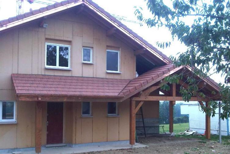 maison bois terrasse couverte haute savoie martin charpentes. Black Bedroom Furniture Sets. Home Design Ideas