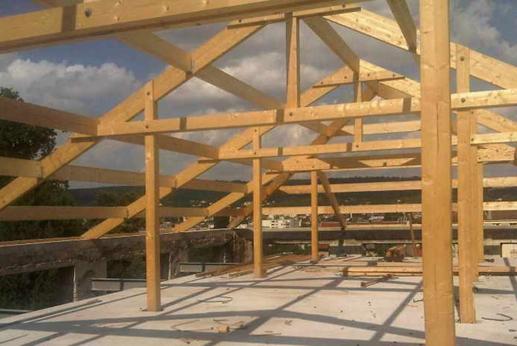 Entreprise construction charpentes traditionnelle en Lorraine : charpente traditionnelle pour un ensemble immobilier – Martin charpentes