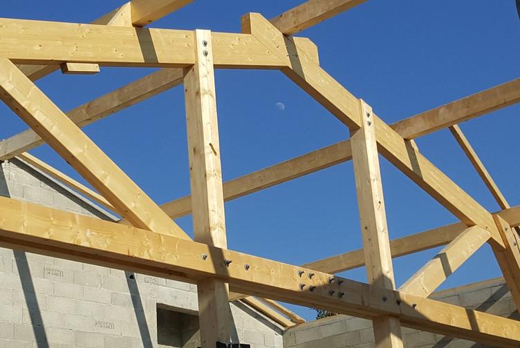 Entreprise construction charpente bois en Lorraine : charpente traditionnelle ecole Jules Ferry - martin charpentes