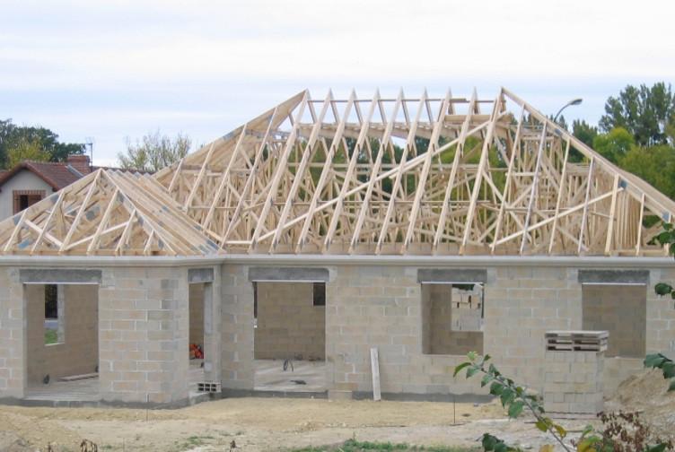 charpente fermette maison en l