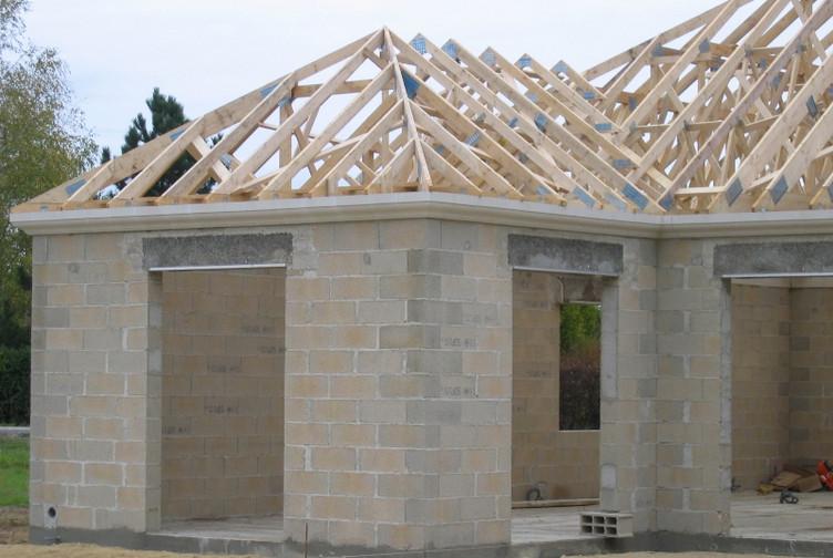 Maison plain pied charpente fermette marne martin for Entreprise de construction maison en bois