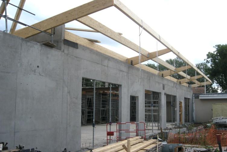 Entreprise construction charpente bois dans le Nord : charpente traditionnelle de l'EHPAD de Seclin - Martin charpentes