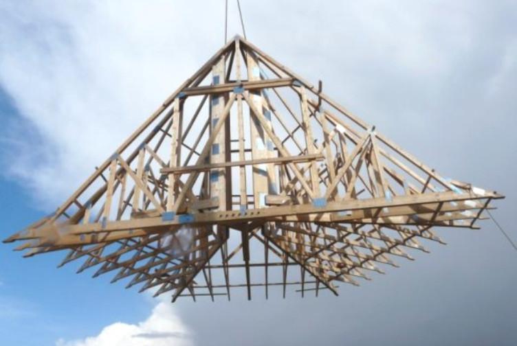 Entreprise construction charpente fermette : charpente industrielle d'une eglise en Belgique - Martin charpentes
