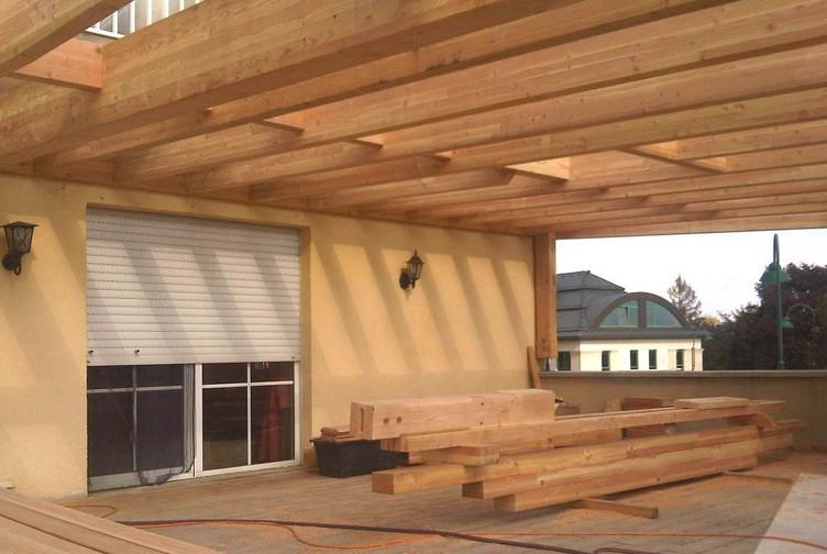 Entreprise construction charpente traditionnelle & structure bois : pergola en charpente bois au Luxembourg – Martin charpentes