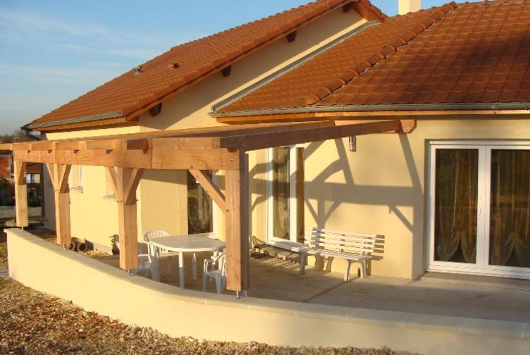 abri terrasse charpente traditionnelle moselle martin charpentes. Black Bedroom Furniture Sets. Home Design Ideas