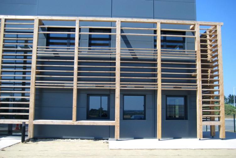 Entreprise construction structure bois en Moselle : brise-soleil & charpente traditionnelle - Martin charpentes