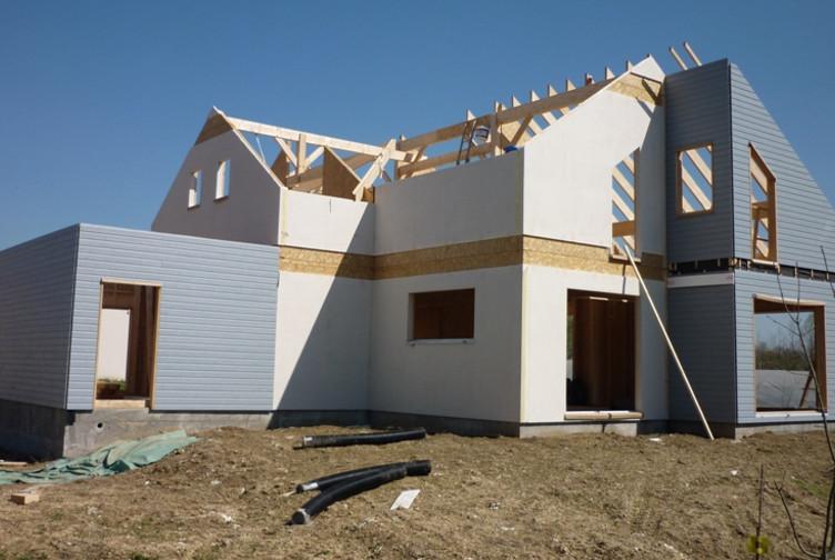 Entreprise de construction bois : maison individuelle à ossature bois, Sarry – Martin charpentes