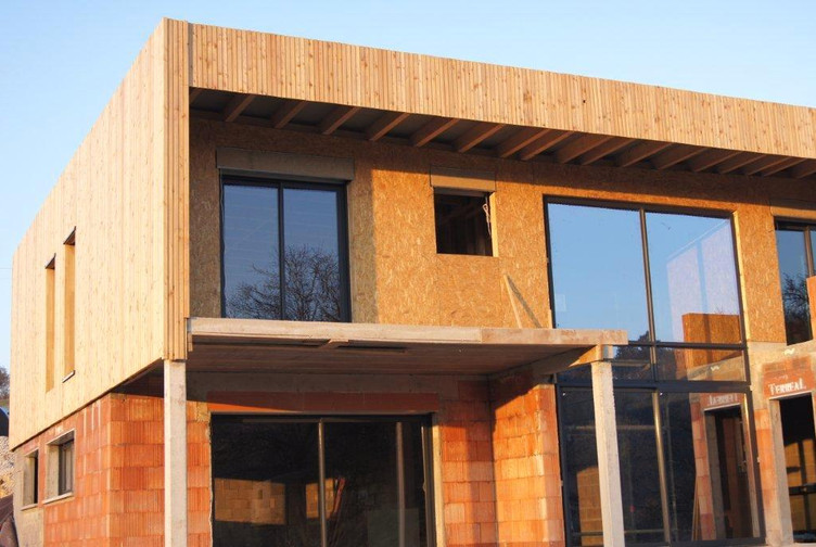 Maison contemporaine en bois bardage bois meuse for Meuse construction bois