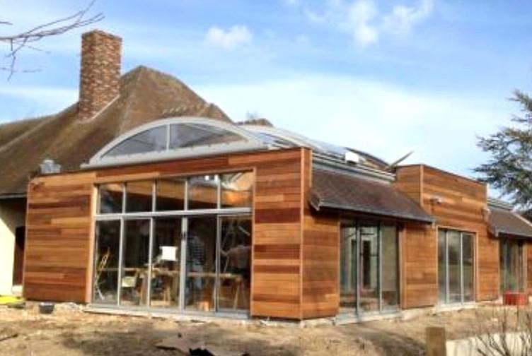 extension piscine couverte ossature bois marne martin charpentes. Black Bedroom Furniture Sets. Home Design Ideas
