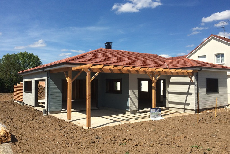 Maison en bois ossature bardage bois bayon martin for Entreprise de construction maison en bois