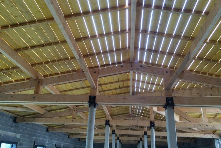 Charpente bois construction charpente traditionnelle for Entreprise construction maison bois