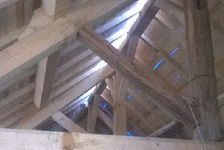 NouEntreprise construction charpente bois en Lorraine : charpente traditionnelle à Charleville sous-bois - martin charpentes