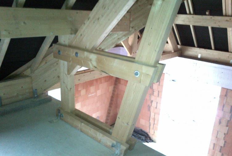 Entreprise construction maison & charpente bois dans l'Est de la France : charpente traditionnelle à Marly – Martin charpentes