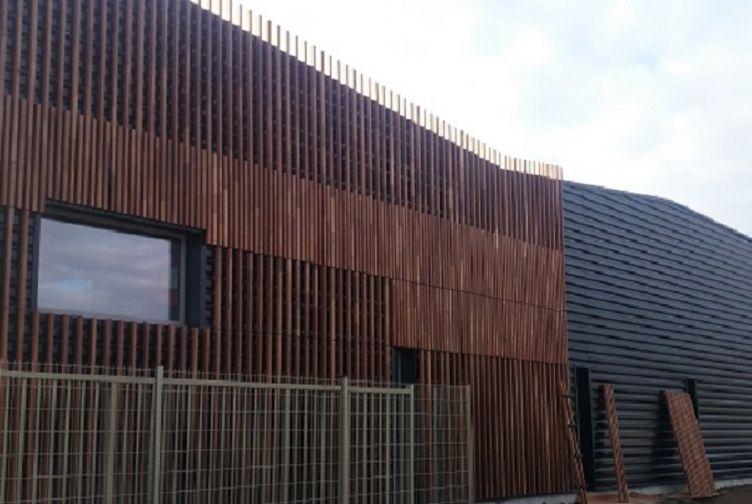Entreprise construction bois : centre technique municipal de cormeilles en parisis, bardage bois - Martin charpentes