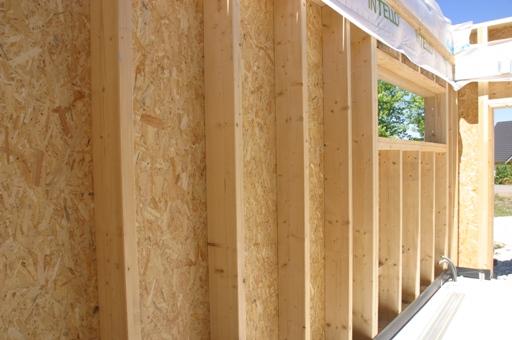 Mur interieur en bois brut for Isolation interieur murs